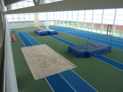 aberdeen-sports-village-indoor-athletics-by-unisport